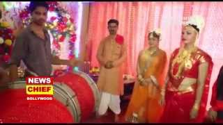 Happy Ganesh Chaturthi 2015 | Ganesh Utsav | Bollywood & TV Celebs